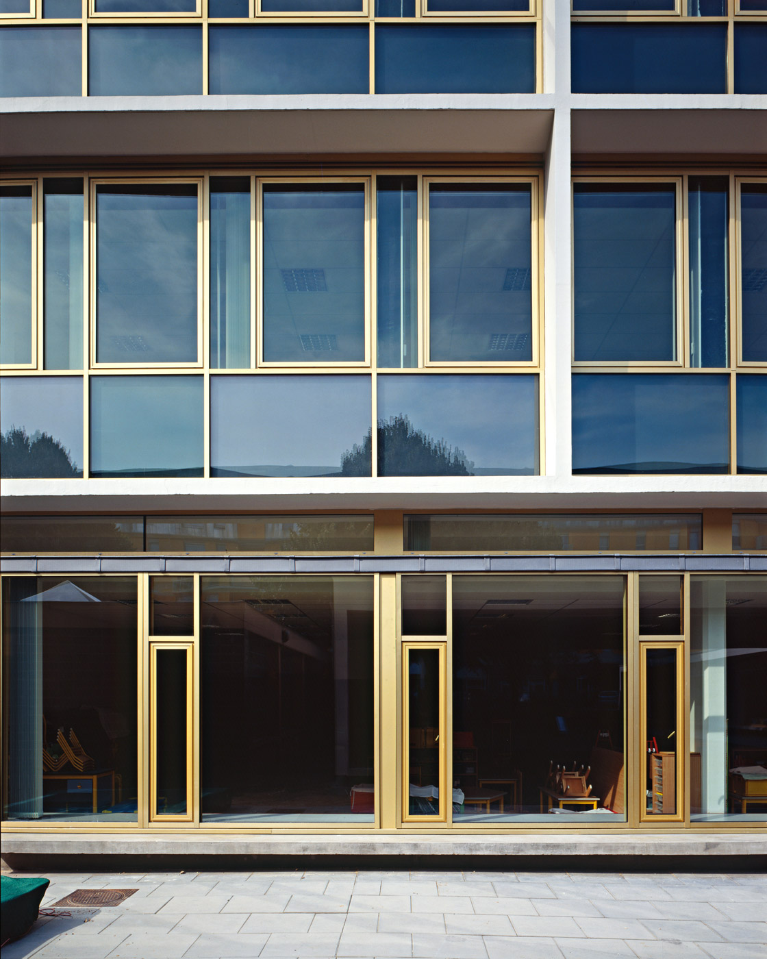 Ecole Catheirine Graindor Rouen - façade vitrée