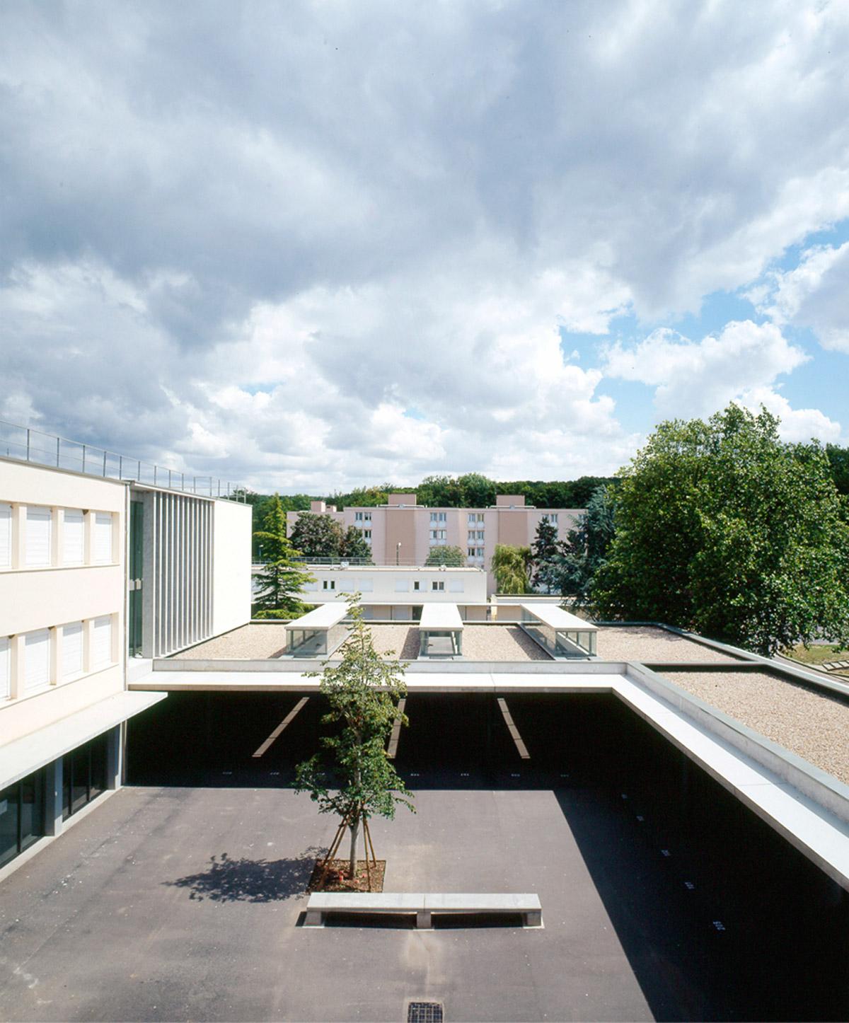 Collège Navarre à Evreux 1