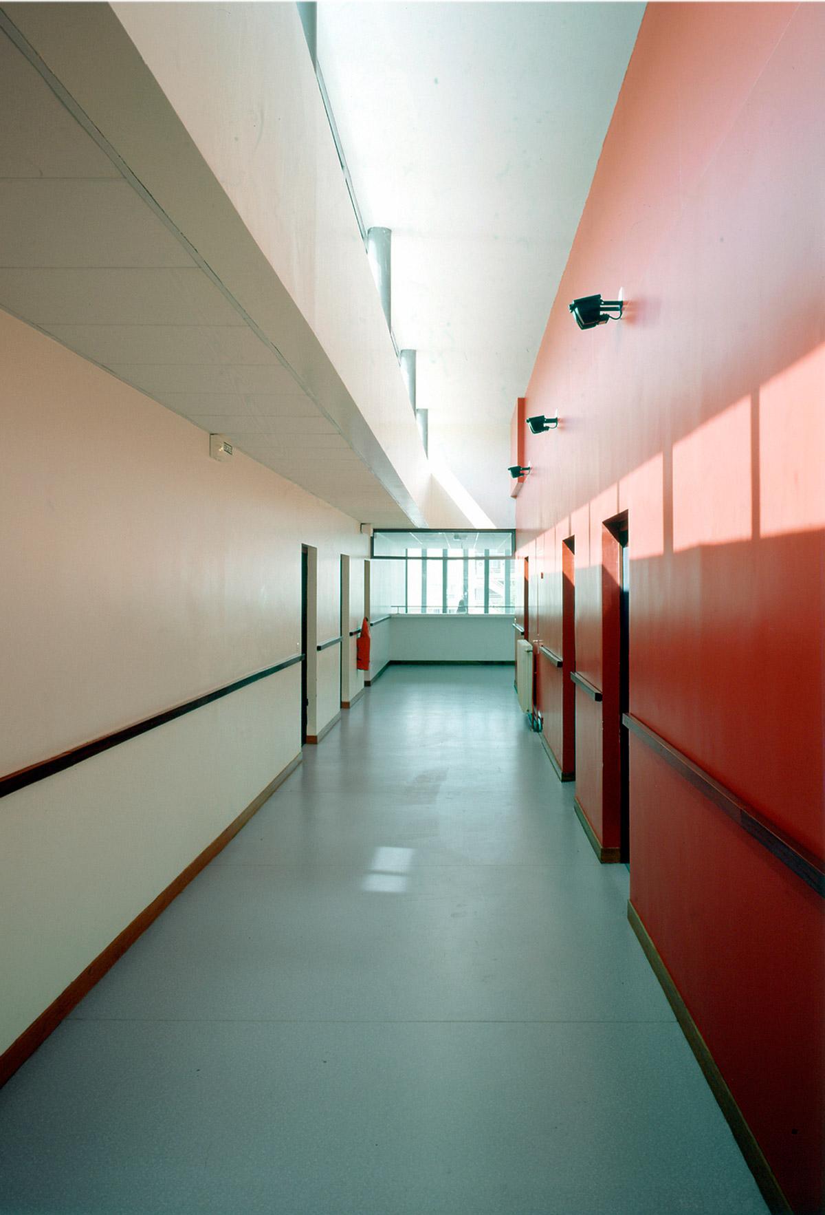 Collège Navarre à Evreux couloir